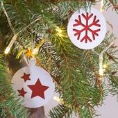 Weihnachtsschmuck aus Craft-Karton