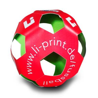 Fußball aus Karton - Kreative Drucksachen dienen auch als Beratungsunterstützung und Produkterklärung