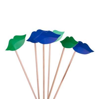 Fotomaske mit Holzstäbchen - Kreative Drucksachen dienen auch als Beratungsunterstützung und Produkterklärung