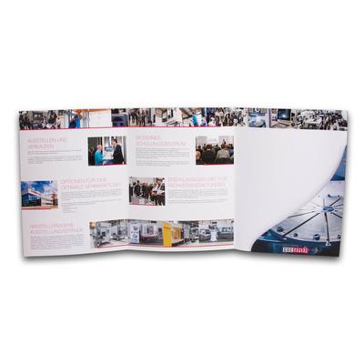 Präsentationsmappe mit geschwungener Tasche - Kreative Drucksachen - prägnant, wirksam, emotional