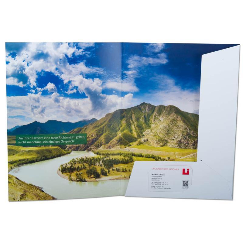 Mappe mit weißen Laschen und Landschaftsmotiv